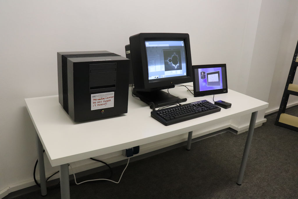 Bild: Ausstellungsstück NEXT Cube